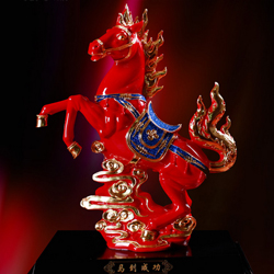 中国红漆线雕创意摆设乔迁礼品马到成功高档 商务礼品