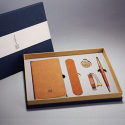 http://mllipin.com/耕读五套装(笔记本+书签+笔套+16gU盘+签字笔)中国风文化礼品外事礼品定做