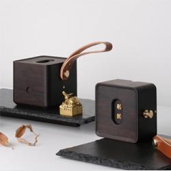 http://mllipin.com/西冷印社方物便携文盒中国风文化礼品中国特色礼物高档商务礼品送老外客户礼品